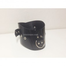 Heavy rubber collar with D-ring model.09