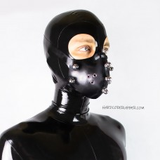 Rubber face mask with bolts - model.02
